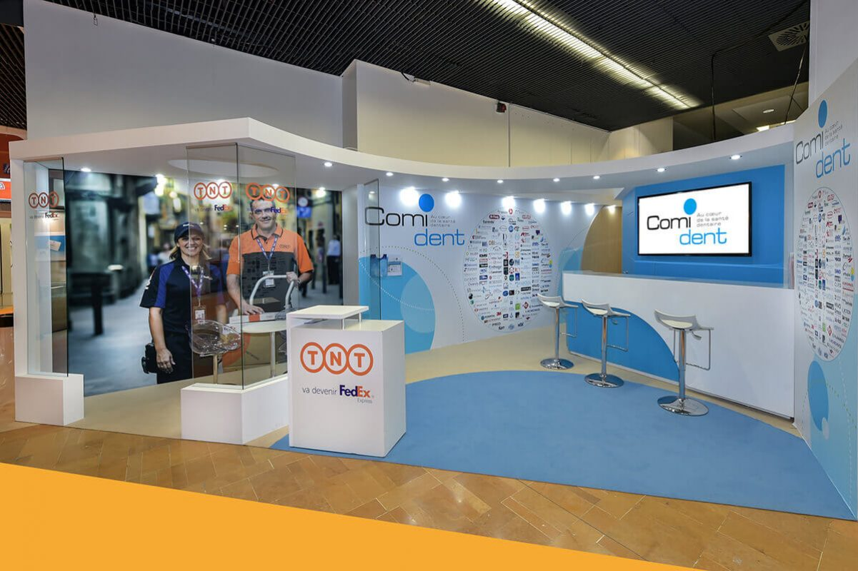 Stand Comi dent