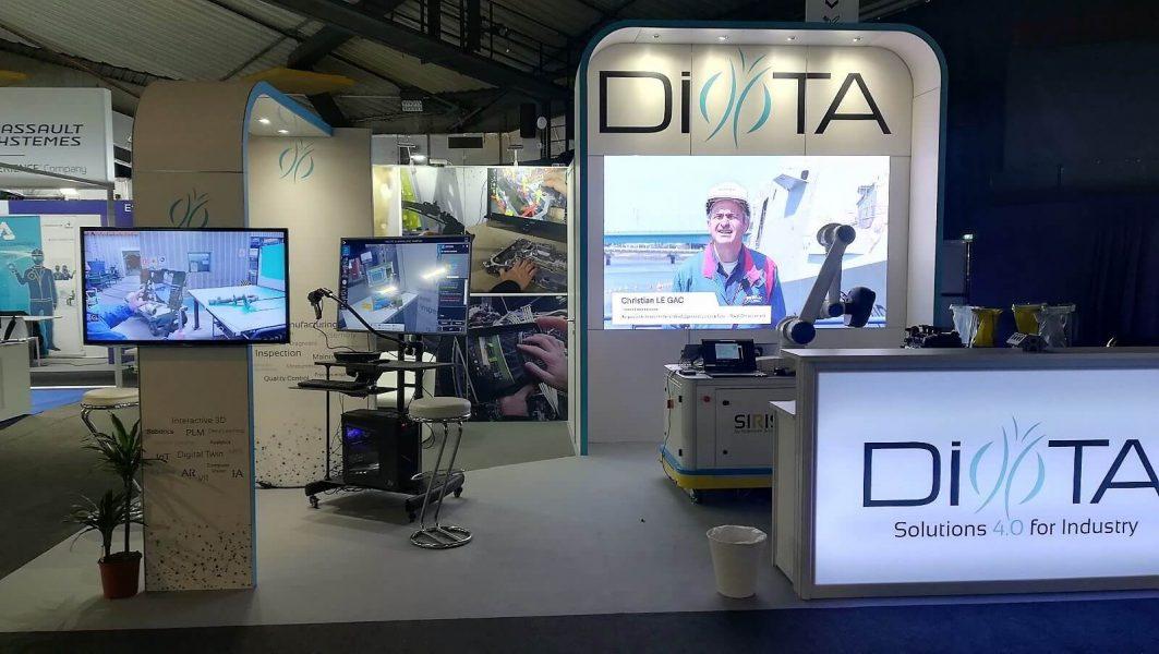 l'installation des écrans LEDSkin® au format 1.50m x 2.50m pour le compte d'ActivExpo sur le stand Diota lors du salon Laval Virtual qui se tenait à Laval du 20 au 24 mars 2019.